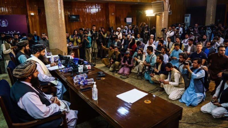 Afganistán conferencia de prensa talibán