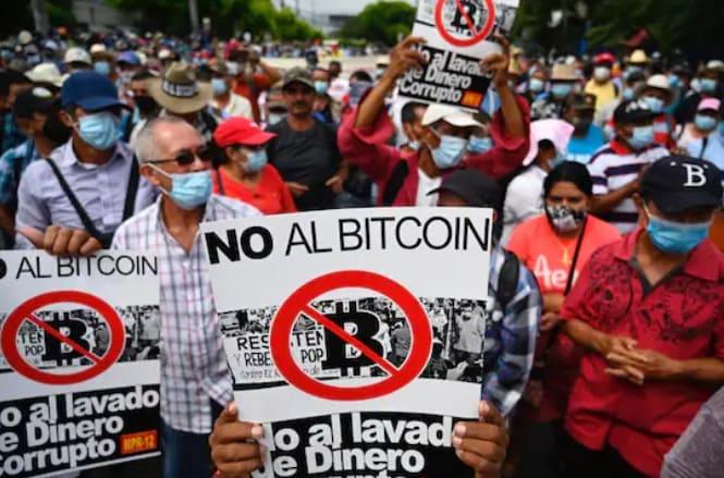 El Salvador protestas contra el bitcoin